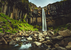 Black Falls (webeagle12) Tags: svartifoss waterfall iceland nikon d7200 europe mountains landscape vegetation rocks nature route1 green mountain vatnajokull national park cliff lava columns black falls