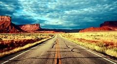 20050907   Sunrise, Route 128, Grand County, Utah 003A (Gary Koutsoubis) Tags: 2005 road sunrise wow utah bravo topc50 gak route128