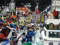MFZ Warzone @ Denver Comic Con 02 (FragsturBait) Tags: mobile lego frame zero mecha mechaton mfz mobileframezero
