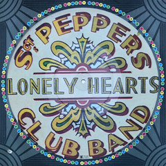 Beatles - Sgt Peppers Lonely Hearts Club Band cover (Leo Reynolds) Tags: album vinyl picture lp record squaredcircle disc platter picturedisc 33rpm xleol30x sqset110 xxx2014xxx