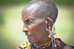 Masai woman-2.jpg (Fo2Doc) Tags: africa women kenya tribe masai ferie masaimara
