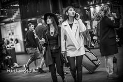 L1003206 (H.M.Lentalk) Tags: life street leica city people urban white black 50mm oz sydney australian australia m noctilux aussie 50 asph 240 f095 typ 095 noctiluxm 109550