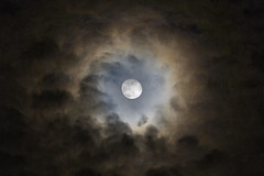 Moon halo (YT Chieng) Tags: moon halo astro