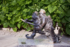 Where's the Fire _5722 (hkoons) Tags: art statue bronze gnome artist image dwarf country nation poland polish replica poles oldtown casting gnomes easterneurope wroclaw marketsquare rynek oder