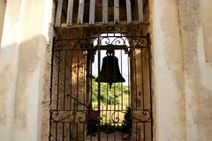 La campana (Birnardo) Tags: italia campana perugia umbria cimitero preci valcastoriana piedivalle