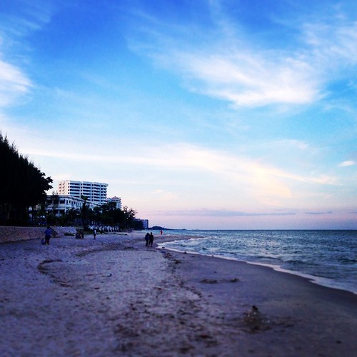 In the evening on the Hua Hin's beach!!!