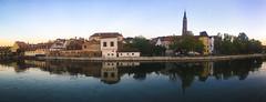 Isarpromenade in Landshut (Kat-i) Tags: landshut bayern deutschland bavaria lowerbavaria isar fluss riverisar promenade panorama spiegelungen reflections stadt city kati katharina 2016
