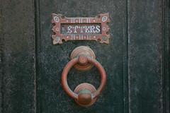 Letters (Pi-F) Tags: malte porte heurtoir bal boteauxlettres boite courrier entre cuivre oxydation ancien