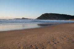 Watching the sun come up at Umina Beach (Merrillie) Tags: uminabeach sand landscape nature australia mountains nswcentralcoast newsouthwales sea earlymorning nsw beach centralcoastnsw umina morning outdoors waterscape sunrise waves water seascape