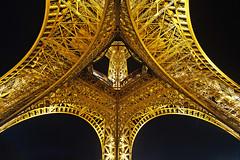 Paris (Noir et Blanc 19) Tags: paris toureiffel nightlights nuits sony a77