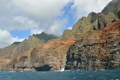Na Pali Coast (Pink Hibiscus) Tags: kauai hawaii napalicoast napali sailboattrip nikon d800 fx copyrighted allrightsreserved 2016 pinkhibiscus
