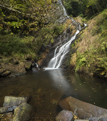 Seimeira de río Agüeira (Ahio) Tags: ríos ríoagüeira nikon d800e zeiss vertorama zf2 21mm longexposure cascada autumn distagont2821 santaeulaliadeoscos ozcos asturias 2016 pumares riverscape