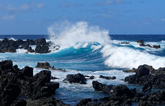 Rough sea (marko.erman) Tags: keanae hana road maui hawaii usa landscape pacific ocean trees water waves sun travel popular pov sony rough peninsula