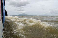 DSC_7043_LR (CharlieBro) Tags: 2016 centroamerica lagonicaragua nicaragua ometepe volcánconcepción bigwaves boat ferry island isola lago lake nave onde volcano vulcano