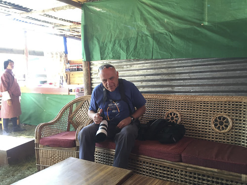 friends  benny bhutan 2016-149