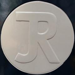 letter R (Leo Reynolds) Tags: xleol30x squaredcircle r rrr oneletter letter xsquarex grouponeletter sqset110 iphoneography iphone 4s iphone4s groupiphone xxgeotaggedxx xx2014xx sqset