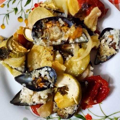 Si cena con riso cozze e patate! Conoscete questo piatto tipico?