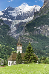 Suisse, Canton de Berne, Oberland, Grindelwald et le mont Fiescherhorn, 4049 m (jpazam) Tags: montagne alpes suisse jour grindelwald paysage extrieur berne glise canton interlaken oberland fiescherhorn patrimoinemondialdelunesco sanspersonne alpessuissesjungfraualetsch