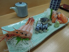 Sashimi for breakfast (kevincrumbs) Tags: food mackerel  saba sapporo sashimi salmon sake japanesefood   amaebi    nijomarket  kondonoborushoten