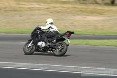 IMG_5647 (Holtsun napsut) Tags: ex drive sigma os apo moto motorcycle 70200 f28 dg rata kes motorrad traing piv eos7d ajoharjoittelu moottoripyoraorg