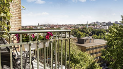 Balcony with a view (photographer Hans Wessberg AB) Tags: göteborg realestate view sweden balcony gothenburg utsikt balkong professionalphotography realestatephotography arsenalsgatan hanswessberg