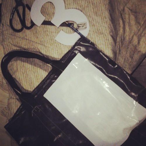 Good night  ครับ  #handmade #design #bag #totebag #diy #fashion #steetfasion #thailand #chiang_mai #cheeze #looker #3 #follow