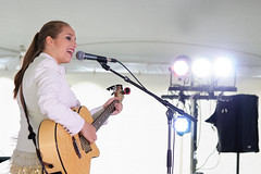 Tori Hathaway (Richard Wintle) Tags: ontario canada ivy singer onstage essa guitarist songwriter icp simcoecounty internationalplowingmatch ruralexpo internationalplowingcompetition torihathaway