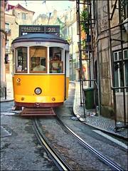 TRANVA LISBOETA (Sigurd66) Tags: portugal europa europe lisboa lisbon tranvia tranvialisboa prazeres28 tranvialisbon