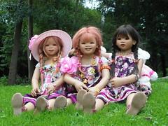 Tivi Sanrike und Setina ... (Kindergartenkinder) Tags: dolls annette wasserburg burg tivi hülshoff havixbeck setina himstedt kindergartenkinder sanrike