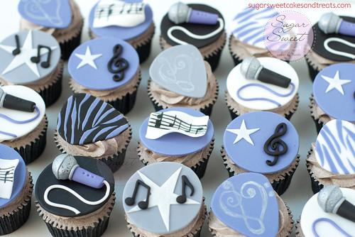 Sweet 16 Guitar Singer Cupcakes