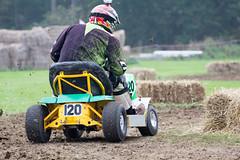 Lawnmower Racing / The Great Maze 2014 (mattbeee) Tags: race lawn racing lawnmower british mower blakehall gardentractor blmra greatmaze greatmaize
