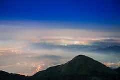 (DSC_5724) (nans0410(busy)) Tags: taiwan taipei yangmingshannationalpark datunmountain cloud glasslight scenery outdoors mountain sky light city