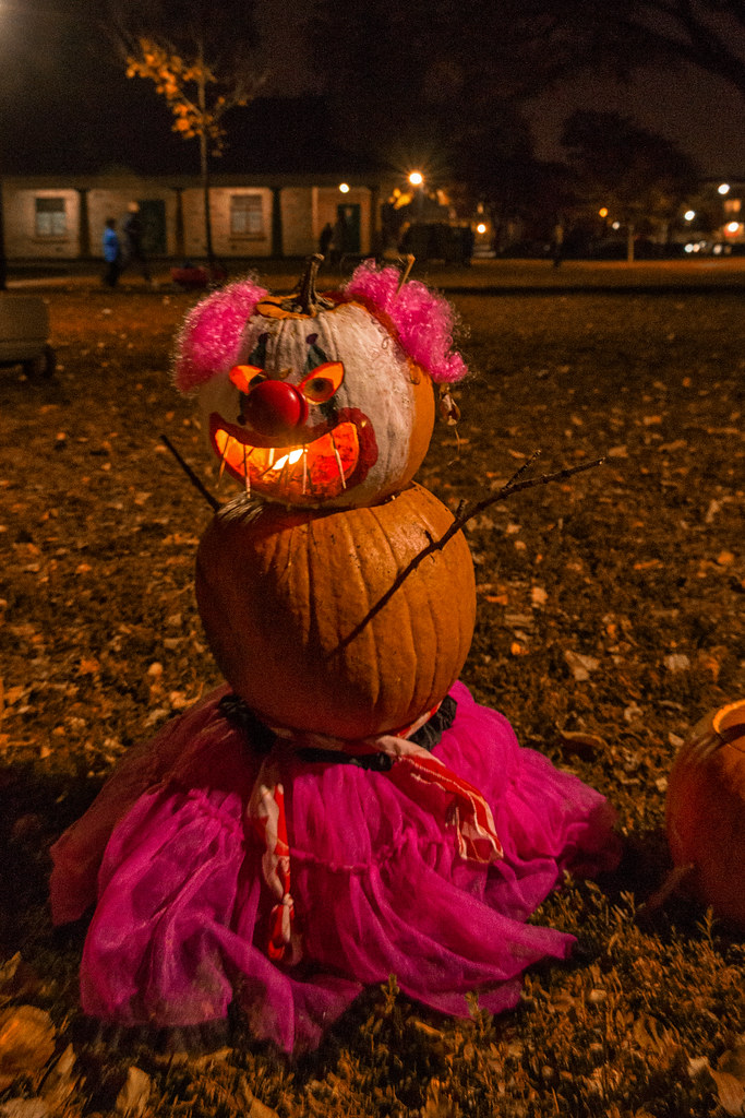 The world 39 s best photos of canada and pumpkins flickr hive mind - Halloween decorations toronto ...