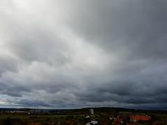Bewlkt  Cloudy  October (eagle1effi) Tags: wolken wolkenfoto skyclouds sky himmel cloudy bewlkt scenecapturemodesports landscapes landschaften tbingennordstadt ausblick westside west