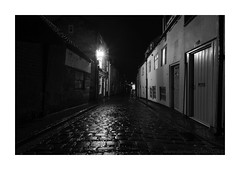 Jet Black (www.damientaylor.co.uk) Tags: whitby yorkshire england oldtown cobbles streets nighttime nocturne nocturnal afterdark houses narrow wetcobblescobbles gaslamp lowlevel