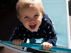 Cri (Dahrth) Tags: gf1 gf120 panasoniclumixgf1 lumixmicroquatretiers lumixμ43 micro43 microfourthirds raw bébé baby étoiles stars cute mignon blond joie happy