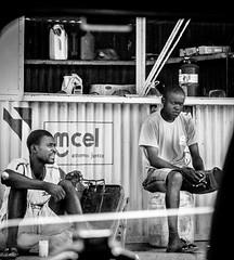 Moments dfendus (Tur3ine) Tags: canon canong12 canon12 mozambique noiretblanc noir et blanc nb bw blackandwhite