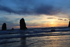 IMGL5333 (komissarov_a) Tags: cannonbeach haystackrock oregoncoast 101 formations tidepools sunsets spectacular ocean viewpoints rocks attraction tides running hiking skyhigh scenic pacific west surprise beautiful sandy shoreline perfect wonderland remarkable refreshing unbeatable stunning scenery unforgettable vistas naturalareas komissarova streetphotography rgb canon 5d m3 color rainforest downtown paradise dramatic enjoyable landscapes famous nationalgeographic magazine picturesque sidewalks artgalleries specialtyshops restaurants oneoftheworlds100mostbeautifulplaces