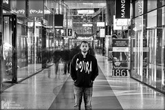 Shopping night The Hague, long exposure. (Luke Hermans) Tags: de nieuwe passage den haag the hague shopping winkelen night nacht avond koop netherlands nederland long exposure lange sluiter tijd sluitertijd