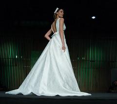 VigoBodas16 (nidiaalvarez16) Tags: vigobodas desfile novia modelo chica estilo vestido blanco dibujo pasarela beauty elegante