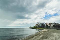 At the gates of demise... (b_represent) Tags: urk netherlands niederlande sea meer isjelmeer holland lighthouse leuchtturm beach strand clouds wolken landscape landschaft