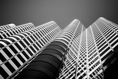 Don't Jump Before You Look (Thomas Hawk) Tags: 444marketstreet california onefrontstreet som sanfrancisco shakleeterraces skidmoreowingsandmerrill usa unitedstates unitedstatesofamerica architecture fav10 fav25 fav50 fav100