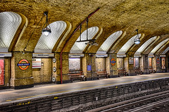 Deserted (sarah_presh) Tags: hdr baker street bakerstreet london station tube underground nikond750 light