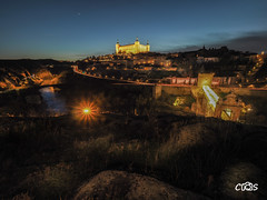 Toledo nocturna (server.carlos) Tags: toledo alcazar nocturna luces landscapes nightscapes long exposure larga exposicion olympus omd 714 pro