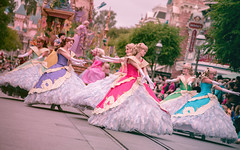 It's a music celebration | Into the Magic (chris.alcoran) Tags: lighting street color colors st 35mm canon lens mouse photography eos disneyland main sigma 15 disney mickey parade l 70300mm ef mickeys 6d rokinon cinelens soundsational