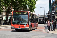 MEC32 BD09ZVX (PD3.) Tags: uk england bus london buses ahead station train mercedes coach go sightseeing victoria seeing sight 32 mec psv pcv goahead citaro bd09 zvx mec32 bd09zvx
