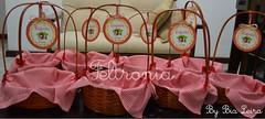 Cestinhas para centro de mesa! (Feltronia by Bia Leira) Tags: infantil festa ímãs lembrancinhas chaveiros chapeuzinhovermelho feltronia bialeira