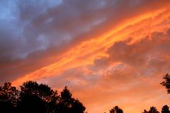 abendstimmung (Christandl) Tags: sunset sky cloud clouds austria sterreich himmel wolke wolken obersterreich autriche aut wol coucherdusoleil wels o  leverdusoleil st