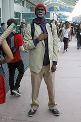 Dave Chappelle - Crackhead (V Threepio) Tags: costume outfit sandiego cosplay modeling posing dressup comiccon comicconvention geekculture geekgirl sdcc davechappelle crackhead sdcc2014