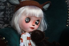 Oisn (umami_baby) Tags: green halloween animal woodland dark miniature costume doll ooak goth bob dressup deer teddybear blonde blythe freckles collectible etsy artdoll fashiondoll customizeddoll whitehair anthropomorph customblythe faceup umamibaby animalblythe
